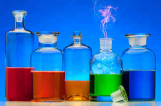 Potions de diverses couleurs