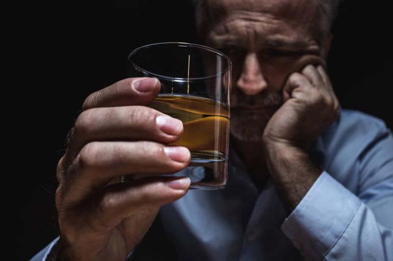 Consumo excesivo de alcohol y dependencia - planete sante